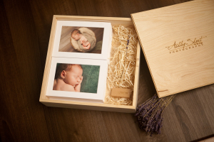 Print and USB packaging from Ashley Short Photography in NW Ohio.  Organic and feminine style.